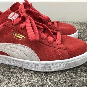 Puma Shoes - EUC!  Puma Suede Women's - Spiced Coral SZ 8.5